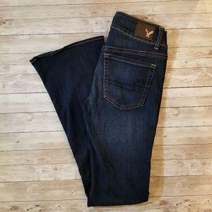 American Eagle Artist Flare Jeans size 6 in EUC